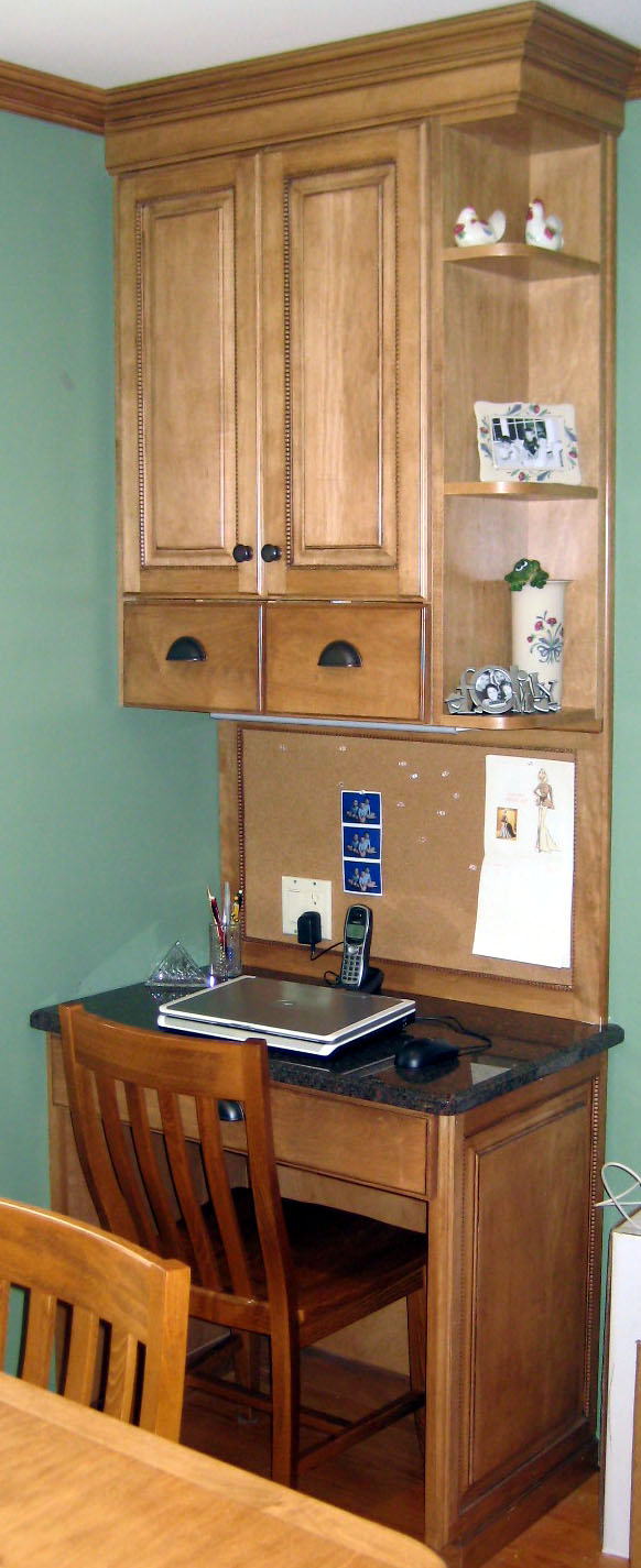 Kitchen cabinets northvale nj - Built In Desk To Match The Kitchen Cabinets